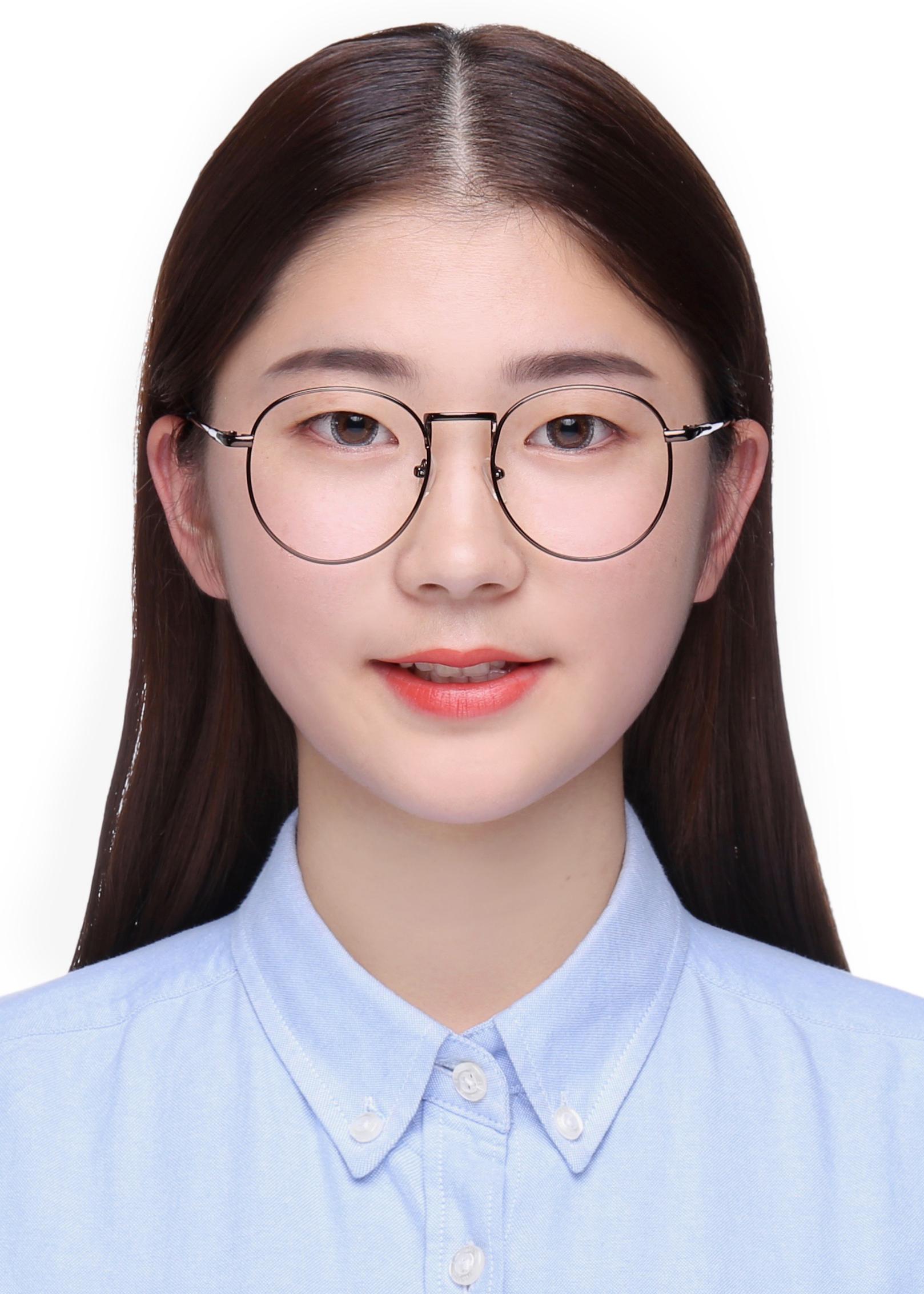 18届-王心怡
